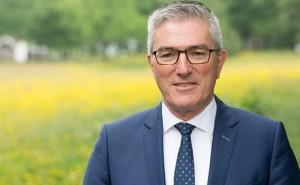 Gedeputeerde Henk Jumelet: ''Belangrijk onderdeel van programma Natuurlijk Platteland.''  © Provincie Drenthe