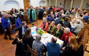 Een overzicht van de Armoedeconferentie in Rolde. (Foto: Erik Riensema)